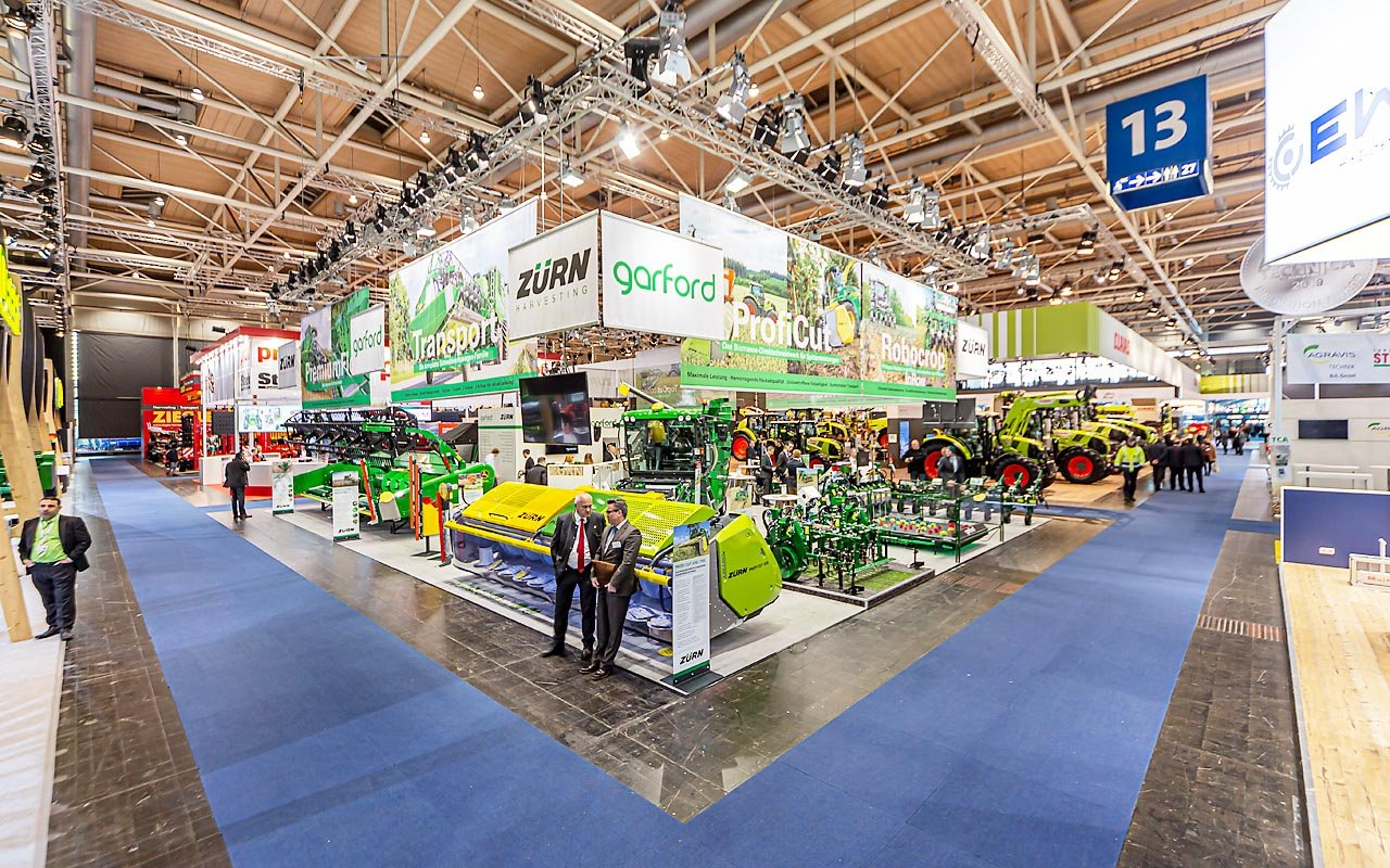 Claas Agritechnika Product release - Messestand Totale