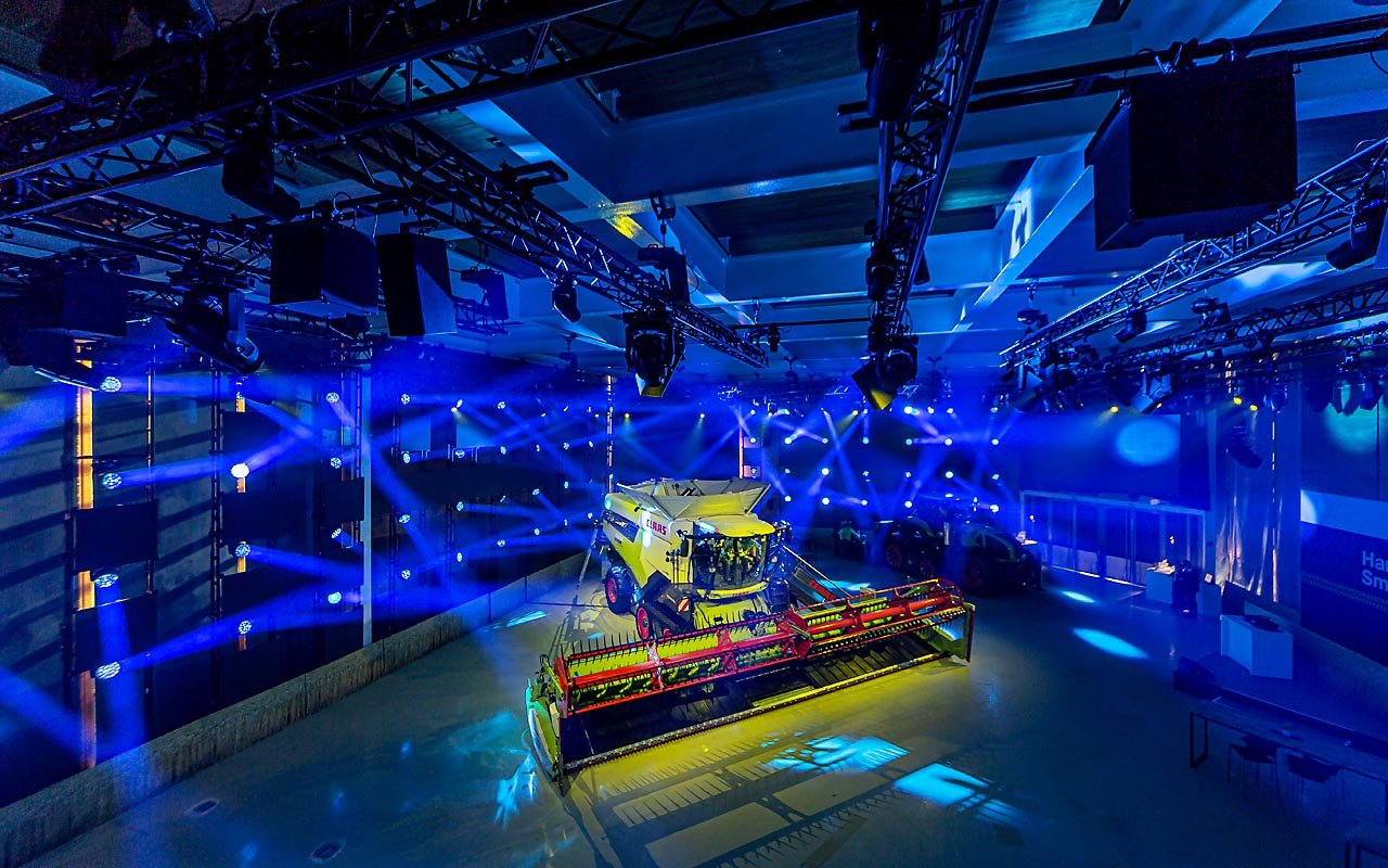 Claas - Agritechnika - Product release Light in Action